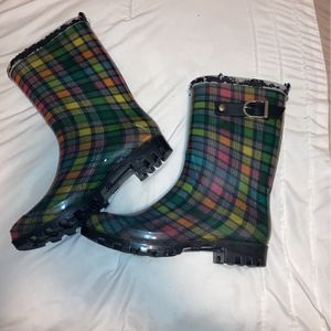 Rain Boots Size 6 for Sale in Pine Hill, NJ