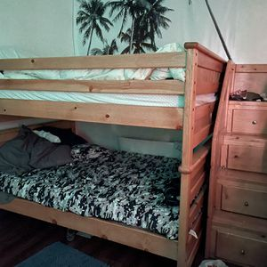 Full Over Full Bunk Bed for Sale in Los Angeles, CA