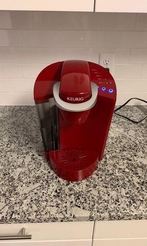 Keurig Coffee Maker Red for Sale in Highland City, FL