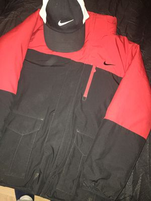 Winter nike coat!!! Reversible !!!! Size LARGE for Sale in Morrison, IL