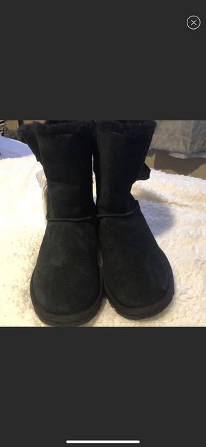 Black uggs for Sale in Norwalk, CA