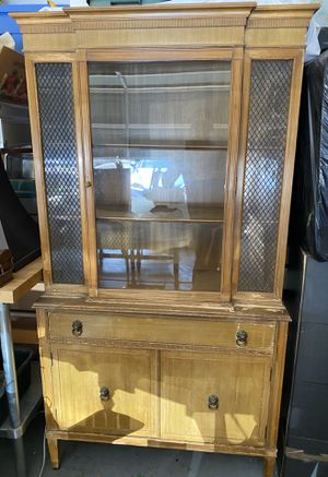 Antique China Hutch for Sale in Las Vegas, NV