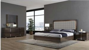 VIOLA MODERN GREY BEDROOM SET for Sale in Queens, NY