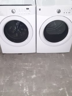 Washer and Dryer Kenmore Gas Dryer Good Condition 3 Months warranty Delivery And Install for Sale in Hayward,  CA