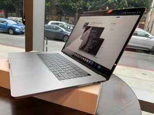 "Late 2019 TouchBar MacBook Pro 15""2.4 core i9/32Gb/1Tb SSD Apple care +2022 for Sale in Los Angeles, CA"