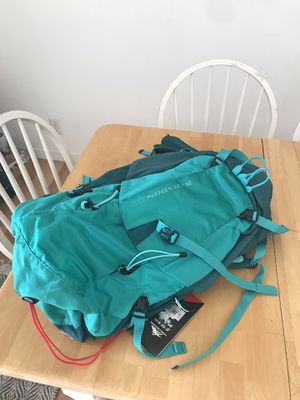 WOMENS High Sierra Karadon 30L HIKING Backpack Adaptable BACK PANEL frame GREEN for Sale in Arlington, VA