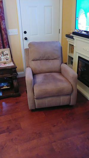 Lane rocker recliner for Sale in Uvalda, GA