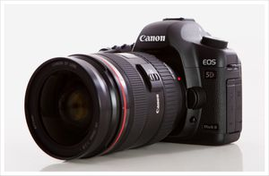 Canon 5d mark ii 24-70 f2.8 lens for Sale in Austin, TX