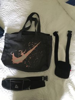 Nike tote bag and waist small bag for Sale in Bakersfield,  CA