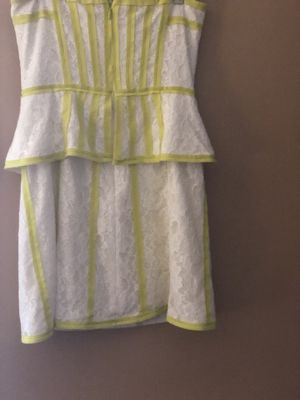 BCBG Generation White and Yellow Mini Lace Dress-Size 6 for Sale in Dearborn Heights, MI