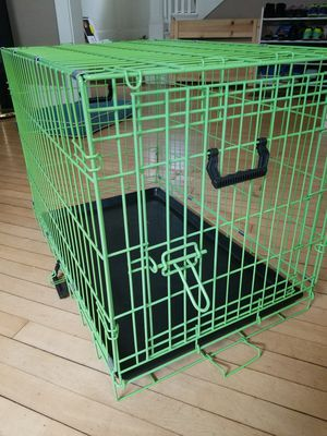 Dog crate 30x19x22 inches for Sale in Rochester, MN