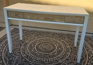Beautiful modern white entry table/ console table/ sofa table for Sale in Chandler, AZ