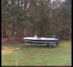 13ft aluminum boat (no paperwork) for Sale in Coventry, RI