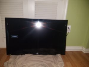 Sanyo 40 inch like new TV for Sale in Washington, DC