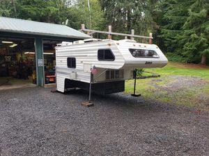 1984 11.5 foot lance for Sale in Snohomish, WA