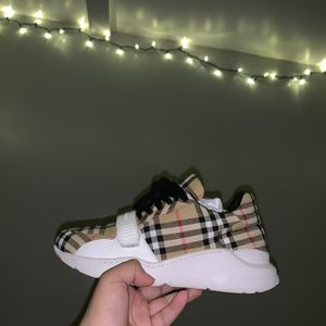 burberry vintage check cotton Sneakers for Sale in Alexandria, VA