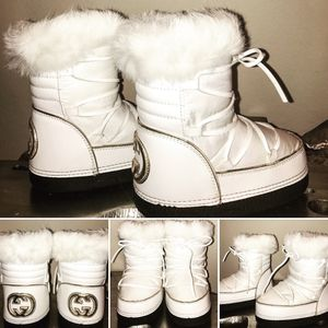 Youth Gucci Snow Boots for Sale in Aubrey, TX