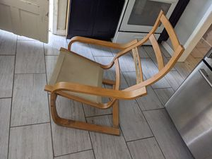 Wood Chair . for Sale in Los Angeles, CA