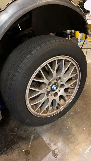 Wheels and tires off 328i 2001 for Sale in Portland, OR