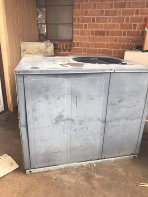 AC UNIT 4 TON STRAIGHT WITH GAS PACKAGE for Sale in Phoenix, AZ