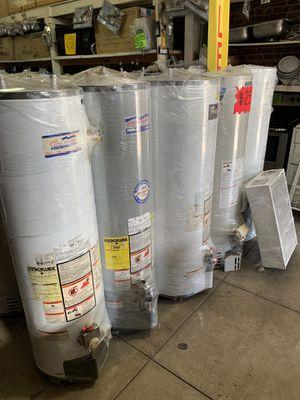Water heater 30 40 50 75 y 100 galones 1 año de garantía for Sale in Vernon, CA