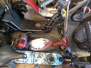 Gas an electric scooters for Sale in Superior Charter Township, MI