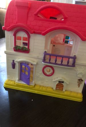 Toy house for Sale in Santa Clarita, CA