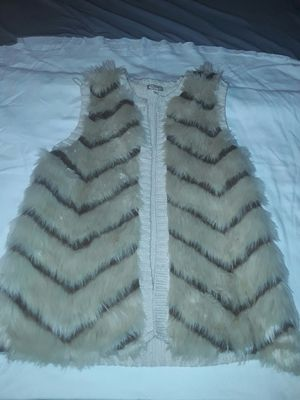 """Fur vest """"eyeshadow """" brand. Large for Sale in Dade City, FL"""