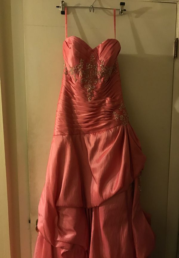 PEACHES Stunning Grapefruit Colored Prom Dress Size 8
