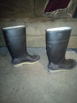 Rain boots-mens for Sale in Los Angeles, CA