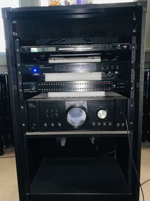 PRO STUDIO STEREO SYSTEM or BEST OFFER NO TRADES! for Sale in Pittsburgh, PA