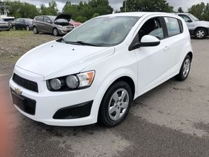 2013 chevy sonic for Sale in Everett, MA
