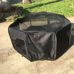"""Pet Exercise Play Pen: 43.5""""W x 24""""H for Sale in Hollywood,  FL"""
