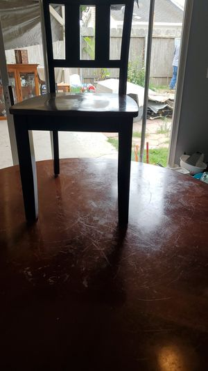 Dining table for free for Sale in Santa Maria, CA