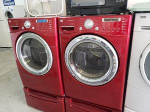 LG WASHER AND GAS DRYER SET for Sale in Modesto, CA