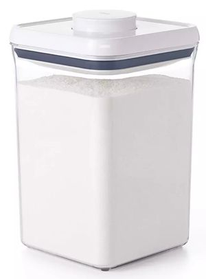 OXO Softworks Clear Plastic Food Storage POP Container White Square Lid {link removed} for Sale in Lancaster, OH