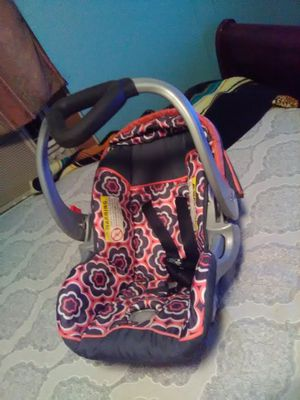 Baby trend car seat for Sale in San Antonio, TX
