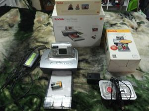 Kodak dx6340 digital camera with 4x6 photo printer for Sale in Issaquah, WA