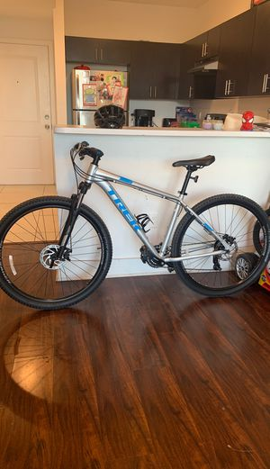 "TREK MARLIN 4 29""er MOUNTAIN ROAD BIKE BICYCLE for Sale in Miami, FL"
