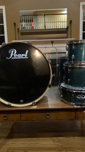Pearl Drum set for Sale in CASTALIN SPGS, TN