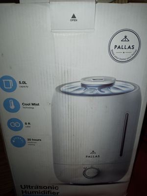 Ultrasonic humidifier new in box for Sale in Indianapolis, IN