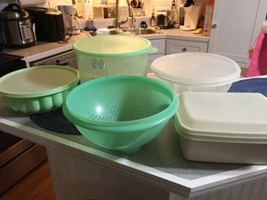Larger Vintage Tupperware pieces for Sale in Lawrenceville, GA