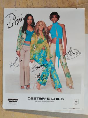 Autographed Destiny's Child (Beyonce, Kelly, and Michelle) for Sale in Pinellas Park, FL