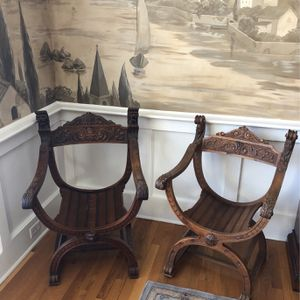 This 19th Century French Renaissance Revival Carved Walnut Savonarola Chairs for Sale in Aurora, IL