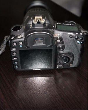 Canon EOS 7D Camera with 28-135mm lens for Sale in Frederick, MD