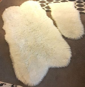 Faux Fur Rugs for Sale in Davenport, IA