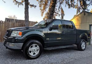 Very Nice 2OO4 Ford F-150 XLT 4WDWheels Cool for Sale in Pompano Beach, FL