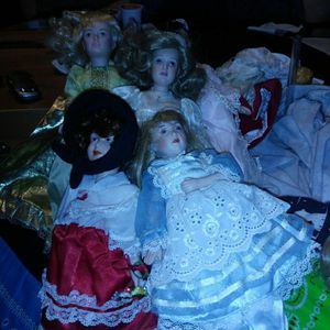 1988 Porcelain Antique Dolls for Sale in Denton, TX