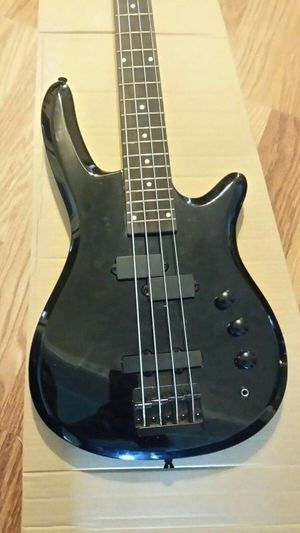 new and used bass guitar for sale in nashville tn offerup. Black Bedroom Furniture Sets. Home Design Ideas
