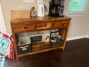 Mango wood console table for Sale in Alpharetta, GA